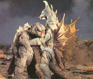 Godzilla get beat up by Gigan pretty bad, but beat worse by a stationary building